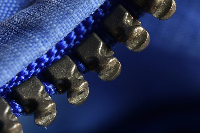 detail zipu bundy